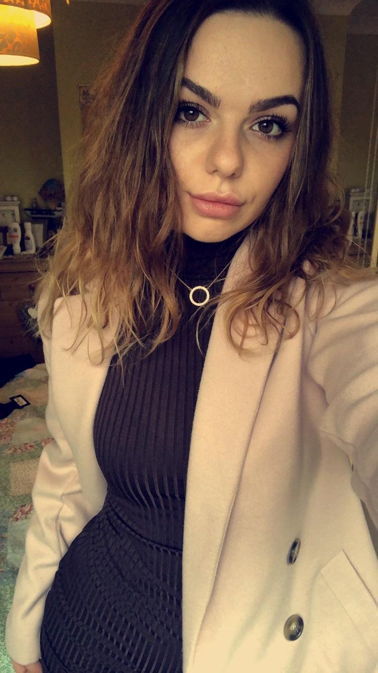 21-year-old, Single From: NORWICH, Norfolk, United Kingdom