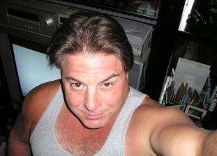 SugarDaddy profile mrholdme