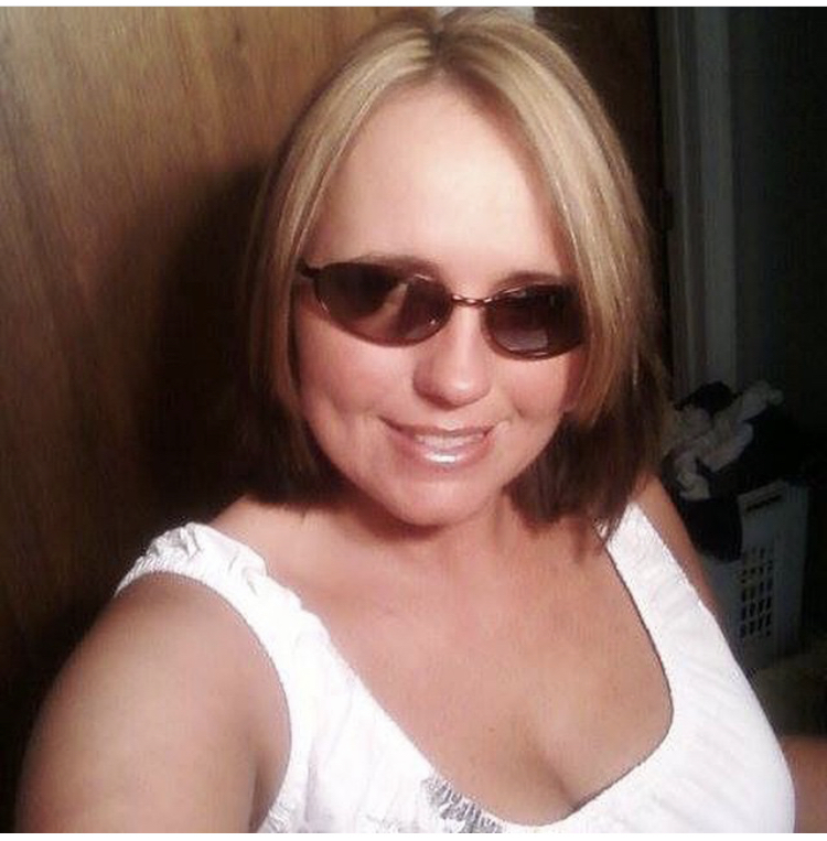 41-year-old, Single From: Manchester , Kentucky , United States