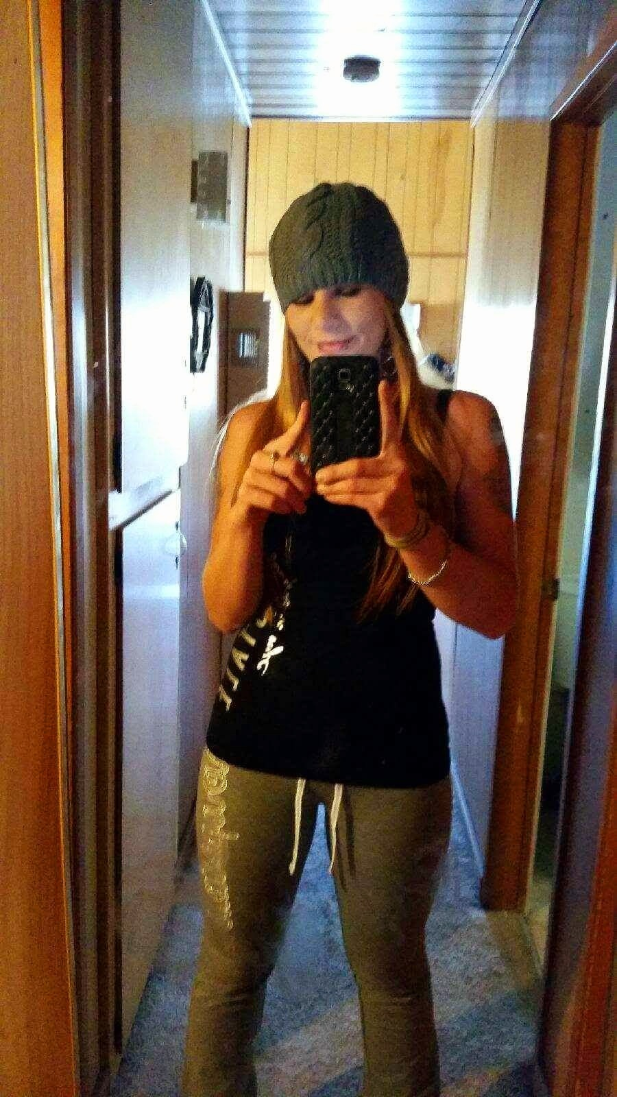 28-year-old, Single From: Bakersfield , Ca, United States