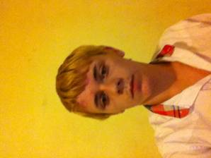 SugarBaby-Male profile Jheffle1
