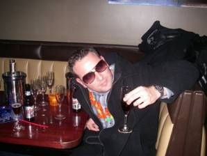 SugarBaby-Male profile b.skyes70